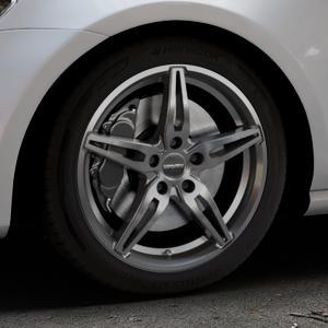 CARMANI 15 Oskar hyper gun Felge mit Reifen silber in 17Zoll Winterfelge Alufelge auf silbernem Volkswagen (VW) Golf 7 ⬇️ mit 15mm Tieferlegung ⬇️ Industriehalle 1 Thumbnail