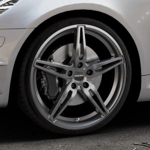 CARMANI 15 Oskar hyper gun Felge mit Reifen silber in 19Zoll Winterfelge Alufelge auf silbernem Mercedes SLK Typ R171 ⬇️ mit 15mm Tieferlegung ⬇️ Industriehalle 1 Thumbnail