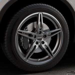 CARMANI 15 Oskar hyper gun Felge mit Reifen silber in 19Zoll Winterfelge Alufelge auf silbernem Volvo XC40 Typ X ⬇️ mit 15mm Tieferlegung ⬇️ Industriehalle 1 Thumbnail