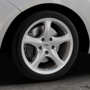 CMS C12 Silver Felge mit Reifen silber in 17Zoll Winterfelge Alufelge auf silbernem Hyundai ix20 Typ JC ⬇️ mit 15mm Tieferlegung ⬇️ Industriehalle 1 Thumbnail