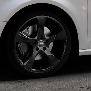 CMS C18 Complete Black Gloss Felge mit Reifen schwarz mehrfarbig in 18Zoll Winterfelge Alufelge auf silbernem Audi A3 Typ 8V ⬇️ mit 15mm Tieferlegung ⬇️ Industriehalle 1 Thumbnail