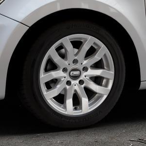 CMS C22 Racing Silver Felge mit Reifen silber in 15Zoll Winterfelge Alufelge auf silbernem Audi A1 Typ 8X ⬇️ mit 15mm Tieferlegung ⬇️ Industriehalle 1 Thumbnail