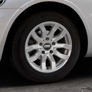 CMS C22 Racing Silver Felge mit Reifen silber in 15Zoll Winterfelge Alufelge auf silbernem Chrysler PT Cruiser Cabriolet ⬇️ mit 15mm Tieferlegung ⬇️ Industriehalle 1 Thumbnail