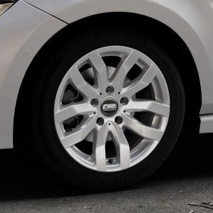 CMS C22 Racing Silver Felge mit Reifen silber in 16Zoll Winterfelge Alufelge auf silbernem Volkswagen (VW) Polo VI Typ AW ⬇️ mit 15mm Tieferlegung ⬇️ Industriehalle 1 Thumbnail