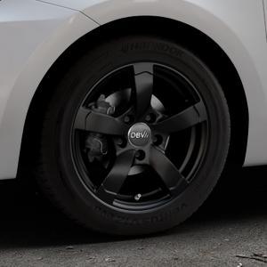 DBV Torino II schwarz matt Felge mit Reifen in 15Zoll Winterfelge Alufelge auf silbernem Suzuki Swift VI Typ AZ ⬇️ mit 15mm Tieferlegung ⬇️ Industriehalle 1 Thumbnail