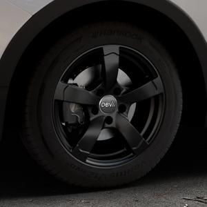 DBV Torino II schwarz matt Felge mit Reifen in 16Zoll Winterfelge Alufelge auf silbernem Ssangyong Tivoli Typ XK ⬇️ mit 15mm Tieferlegung ⬇️ Industriehalle 1 Thumbnail