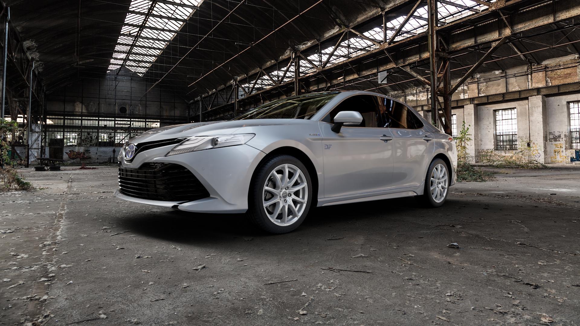 DBV Tropez shadow silber Felge mit Reifen grau in 18Zoll Winterfelge Alufelge auf silbernem Toyota Camry Typ XV7(EU,M) ⬇️ mit 15mm Tieferlegung ⬇️ Industriehalle 1 Camera_000