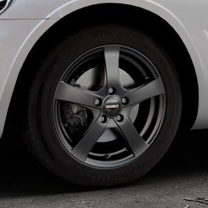 DEZENT RE Black matt Felge mit Reifen schwarz in 16Zoll Winterfelge Alufelge auf silbernem Chrysler PT Cruiser Cabriolet ⬇️ mit 15mm Tieferlegung ⬇️ Industriehalle 1 Thumbnail
