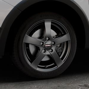 DEZENT RE Black matt Felge mit Reifen schwarz in 16Zoll Winterfelge Alufelge auf silbernem Dacia Sandero Stepway II Typ SD ⬇️ mit 15mm Tieferlegung ⬇️ Industriehalle 1 Thumbnail
