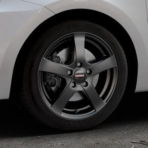DEZENT RE Black matt Felge mit Reifen schwarz in 16Zoll Winterfelge Alufelge auf silbernem Suzuki Swift VI Typ AZ ⬇️ mit 15mm Tieferlegung ⬇️ Industriehalle 1 Thumbnail