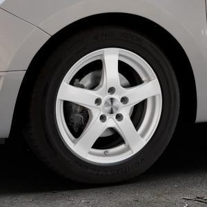 DEZENT RE Silver Felge mit Reifen silber in 15Zoll Winterfelge Alufelge auf silbernem Dacia Logan II Typ SD ⬇️ mit 15mm Tieferlegung ⬇️ Industriehalle 1 Thumbnail