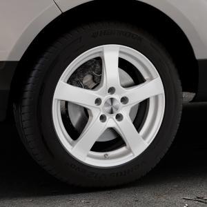 DEZENT RE Silver Felge mit Reifen silber in 16Zoll Winterfelge Alufelge auf silbernem Ford EcoSport Typ JK8 ⬇️ mit 15mm Tieferlegung ⬇️ Industriehalle 1 Thumbnail