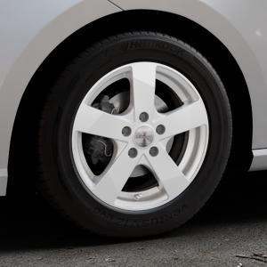 DEZENT TD Silver Felge mit Reifen silber in 15Zoll Winterfelge Alufelge auf silbernem Seat Ibiza V Typ KJ ⬇️ mit 15mm Tieferlegung ⬇️ Industriehalle 1 Thumbnail