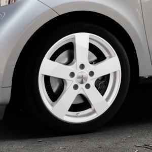 DEZENT TD Silver Felge mit Reifen silber in 16Zoll Winterfelge Alufelge auf silbernem Smart Forfour II (453) ⬇️ mit 15mm Tieferlegung ⬇️ Industriehalle 1 Thumbnail