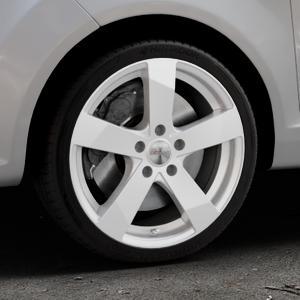 DEZENT TD Silver Felge mit Reifen silber in 17Zoll Winterfelge Alufelge auf silbernem Ford Fiesta VI Typ JA8 ⬇️ mit 15mm Tieferlegung ⬇️ Industriehalle 1 Thumbnail