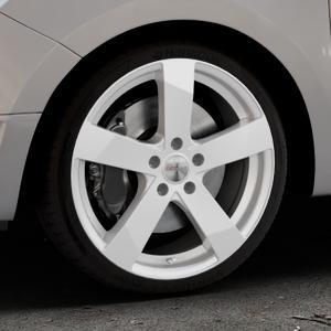 DEZENT TD Silver Felge mit Reifen silber in 18Zoll Winterfelge Alufelge auf silbernem Dacia Logan II Typ SD ⬇️ mit 15mm Tieferlegung ⬇️ Industriehalle 1 Thumbnail