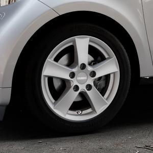 DEZENT TX GRAPHITE MATT Felge mit Reifen grau in 15Zoll Winterfelge Alufelge auf silbernem Smart Forfour II (453) ⬇️ mit 15mm Tieferlegung ⬇️ Industriehalle 1 Thumbnail