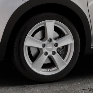DEZENT TX Graphite matt Felge mit Reifen grau in 16Zoll Winterfelge Alufelge auf silbernem Renault Twingo III Typ AH ⬇️ mit 15mm Tieferlegung ⬇️ Industriehalle 1 Thumbnail