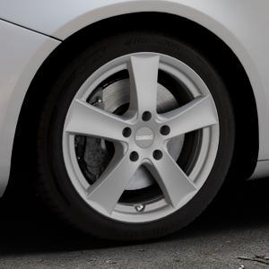 DEZENT TX Graphite matt Felge mit Reifen grau in 17Zoll Winterfelge Alufelge auf silbernem Alfa Romeo Giulietta Typ 940 ⬇️ mit 15mm Tieferlegung ⬇️ Industriehalle 1 Thumbnail