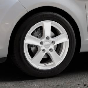 DEZENT TX Silver Felge mit Reifen silber in 15Zoll Winterfelge Alufelge auf silbernem Ford Fiesta VI Typ JA8 Facelift ⬇️ mit 15mm Tieferlegung ⬇️ Industriehalle 1 Thumbnail