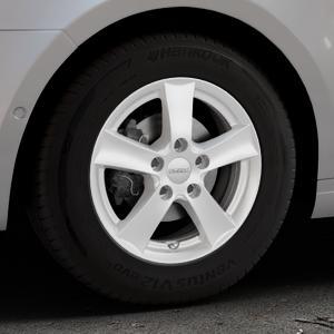 DEZENT TX Silver Felge mit Reifen silber in 15Zoll Winterfelge Alufelge auf silbernem Skoda Octavia III Kombi Typ 5E ⬇️ mit 15mm Tieferlegung ⬇️ Industriehalle 1 Thumbnail