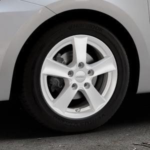 DEZENT TX Silver Felge mit Reifen silber in 15Zoll Winterfelge Alufelge auf silbernem Suzuki Swift VI Typ AZ ⬇️ mit 15mm Tieferlegung ⬇️ Industriehalle 1 Thumbnail