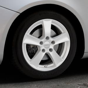 DEZENT TX Silver Felge mit Reifen silber in 16Zoll Winterfelge Alufelge auf silbernem Alfa Romeo Giulietta Typ 940 ⬇️ mit 15mm Tieferlegung ⬇️ Industriehalle 1 Thumbnail