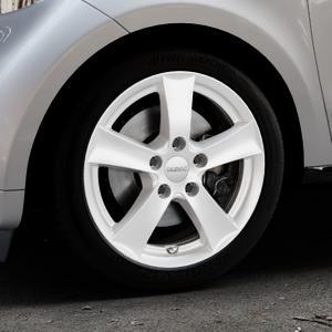 DEZENT TX SILVER Felge mit Reifen silber in 16Zoll Winterfelge Alufelge auf silbernem Smart Forfour II (453) ⬇️ mit 15mm Tieferlegung ⬇️ Industriehalle 1 Thumbnail