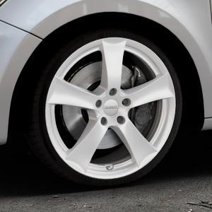 DEZENT TX Silver Felge mit Reifen silber in 18Zoll Winterfelge Alufelge auf silbernem Audi A1 Typ 8X ⬇️ mit 15mm Tieferlegung ⬇️ Industriehalle 1 Thumbnail