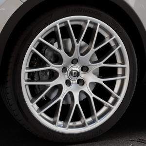 DIEWE WHEELS Impatto Argento silber Felge mit Reifen in 22Zoll Winterfelge Alufelge auf silbernem Volkswagen (VW) Touareg II Typ 7P Facelift ⬇️ mit 15mm Tieferlegung ⬇️ Industriehalle 1 Thumbnail