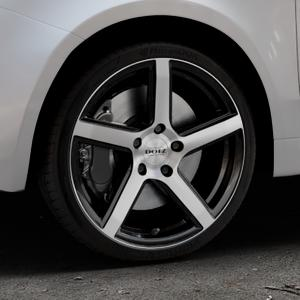 DOTZ CP5 Black/polished front Felge mit Reifen schwarz in 17Zoll Winterfelge Alufelge auf silbernem Fiat 500 Typ 312 Cabrio Facelift ⬇️ mit 15mm Tieferlegung ⬇️ Industriehalle 1 Thumbnail