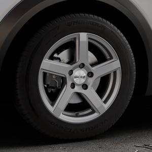 DOTZ CP5 Graphite matt Felge mit Reifen grau in 16Zoll Winterfelge Alufelge auf silbernem Mazda CX-3 Typ DJ1 ⬇️ mit 15mm Tieferlegung ⬇️ Industriehalle 1 Thumbnail