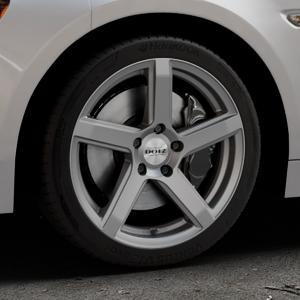 DOTZ CP5 Graphite matt Felge mit Reifen grau in 17Zoll Winterfelge Alufelge auf silbernem Fiat 124 Spider Typ NF ⬇️ mit 15mm Tieferlegung ⬇️ Industriehalle 1 Thumbnail