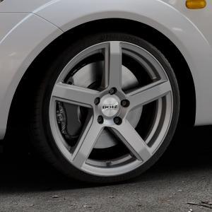 DOTZ CP5 Graphite matt Felge mit Reifen grau in 17Zoll Winterfelge Alufelge auf silbernem Ford Fiesta V Typ JH1/JD3 ⬇️ mit 15mm Tieferlegung ⬇️ Industriehalle 1 Thumbnail