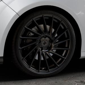 KESKIN KT17 MATT BLACK PAINTED Felge mit Reifen schwarz in 19Zoll Winterfelge Alufelge auf silbernem Ford Focus III Typ DYB (Schrägheck) (Stufenheck) Facelift ⬇️ mit 15mm Tieferlegung ⬇️ Industriehalle 1 Thumbnail
