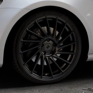 KESKIN KT17 MATT BLACK PAINTED Felge mit Reifen schwarz in 19Zoll Winterfelge Alufelge auf silbernem Volkswagen (VW) Golf 7 ⬇️ mit 15mm Tieferlegung ⬇️ Industriehalle 1 Thumbnail
