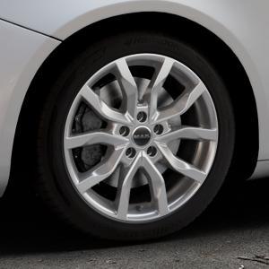 MAK Highlands Silver Felge mit Reifen silber in 17Zoll Winterfelge Alufelge auf silbernem Alfa Romeo Giulietta Typ 940 ⬇️ mit 15mm Tieferlegung ⬇️ Industriehalle 1 Thumbnail
