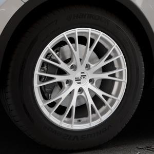MAK Rennen Silver Felge mit Reifen silber in 18Zoll Winterfelge Alufelge auf silbernem Volkswagen (VW) Touareg II Typ 7P Facelift ⬇️ mit 15mm Tieferlegung ⬇️ Industriehalle 1 Thumbnail