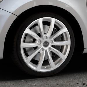 MAK Wolf Silver Felge mit Reifen silber in 17Zoll Winterfelge Alufelge auf silbernem Audi A1 Typ 8X ⬇️ mit 15mm Tieferlegung ⬇️ Industriehalle 1 Thumbnail
