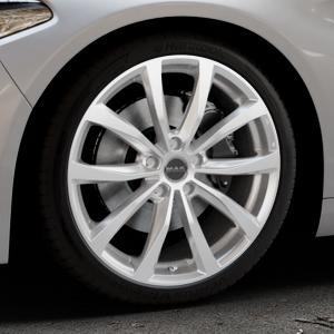 MAK Wolf Silver Felge mit Reifen silber in 19Zoll Winterfelge Alufelge auf silbernem Alfa Romeo Giulia Typ 952 ⬇️ mit 15mm Tieferlegung ⬇️ Industriehalle 1 Thumbnail