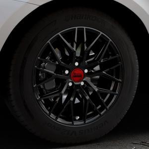 MAM RS4 BLACK PAINTED Felge mit Reifen schwarz in 18Zoll Winterfelge Alufelge auf silbernem Volvo XC60 Typ D Facelift ⬇️ mit 15mm Tieferlegung ⬇️ Industriehalle 1 Thumbnail