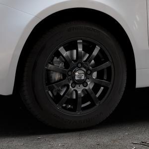 MAM W3 BLACK PAINTED Felge mit Reifen schwarz in 14Zoll Winterfelge Alufelge auf silbernem Fiat 500 Typ 312 Cabrio Facelift ⬇️ mit 15mm Tieferlegung ⬇️ Industriehalle 1 Thumbnail