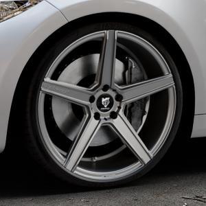 MB-DESIGN KV1 Mattgrau Felge mit Reifen in 20Zoll Winterfelge Alufelge auf silbernem BMW M2 Typ F87 ⬇️ mit 15mm Tieferlegung ⬇️ Industriehalle 1 Thumbnail