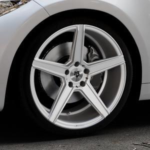 MB-DESIGN KV1 Silber Felge mit Reifen in 19Zoll Winterfelge Alufelge auf silbernem BMW M2 Typ F87 ⬇️ mit 15mm Tieferlegung ⬇️ Industriehalle 1 Thumbnail