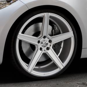 MB-DESIGN KV1 Silber Felge mit Reifen in 20Zoll Winterfelge Alufelge auf silbernem BMW M2 Typ F87 ⬇️ mit 15mm Tieferlegung ⬇️ Industriehalle 1 Thumbnail