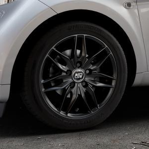 MSW 24 MATT BLACK Felge mit Reifen schwarz in 15Zoll Winterfelge Alufelge auf silbernem Smart Fortwo Coupe III (14-) (453) Cabrio (16-) ⬇️ mit 15mm Tieferlegung ⬇️ Industriehalle 1 Thumbnail