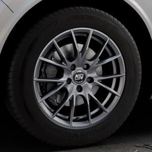 MSW 25 MATT TITANIUM TECH Felge mit Reifen in 18Zoll Winterfelge Alufelge auf silbernem Alfa Romeo Stelvio Typ 949 ⬇️ mit 15mm Tieferlegung ⬇️ Industriehalle 1 Thumbnail