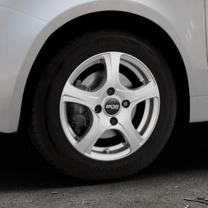 OXXO Narvi Silver Felge mit Reifen silber in 14Zoll Winterfelge Alufelge auf silbernem Fiat 500 Typ 312 Cabrio Facelift ⬇️ mit 15mm Tieferlegung ⬇️ Industriehalle 1 Thumbnail
