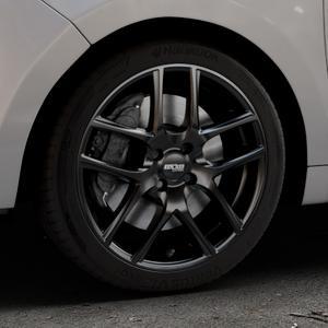 OXXO Vapor Black Felge mit Reifen schwarz in 17Zoll Winterfelge Alufelge auf silbernem Citroen C3 Picasso ⬇️ mit 15mm Tieferlegung ⬇️ Industriehalle 1 Thumbnail
