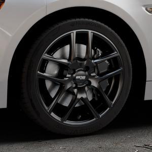 OXXO Vapor Black Felge mit Reifen schwarz in 17Zoll Winterfelge Alufelge auf silbernem Fiat 124 Spider Typ NF ⬇️ mit 15mm Tieferlegung ⬇️ Industriehalle 1 Thumbnail